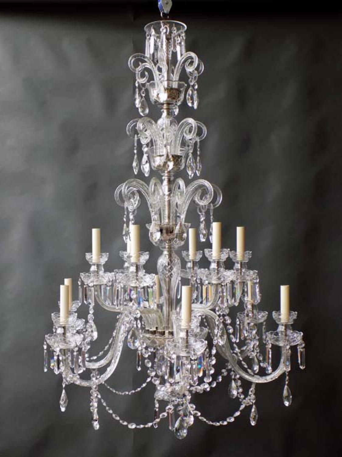 English Style Chandelier, 12 Arms