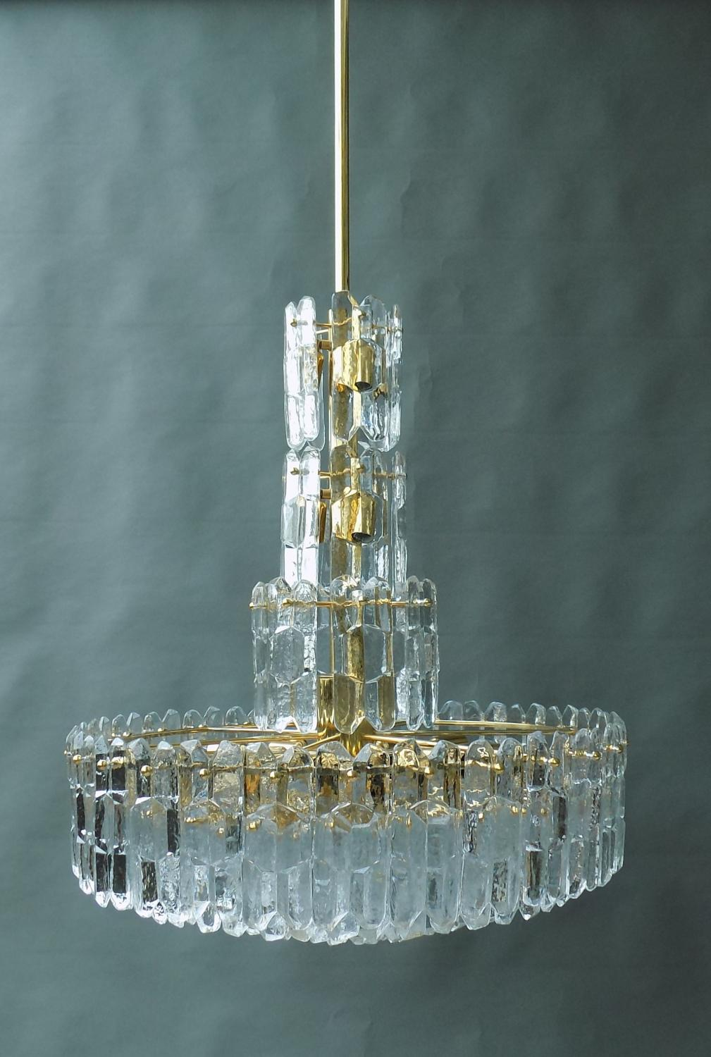 Exceptional Kalmar Ice Crystal Chandelier